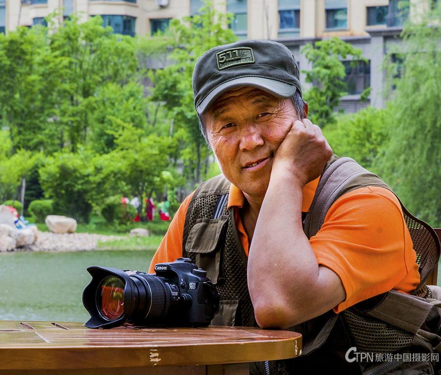 孙玉昌 【萤火虫】--中国旅游摄影网特约摄影师