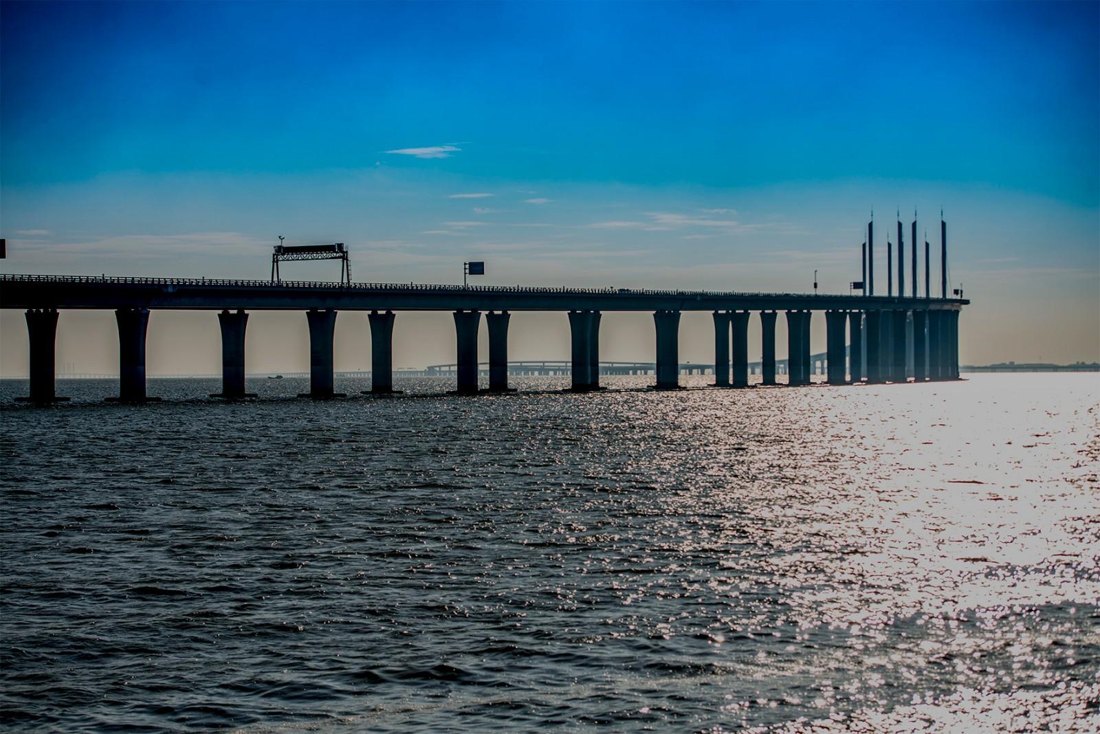 """""""跨海大桥"""""""