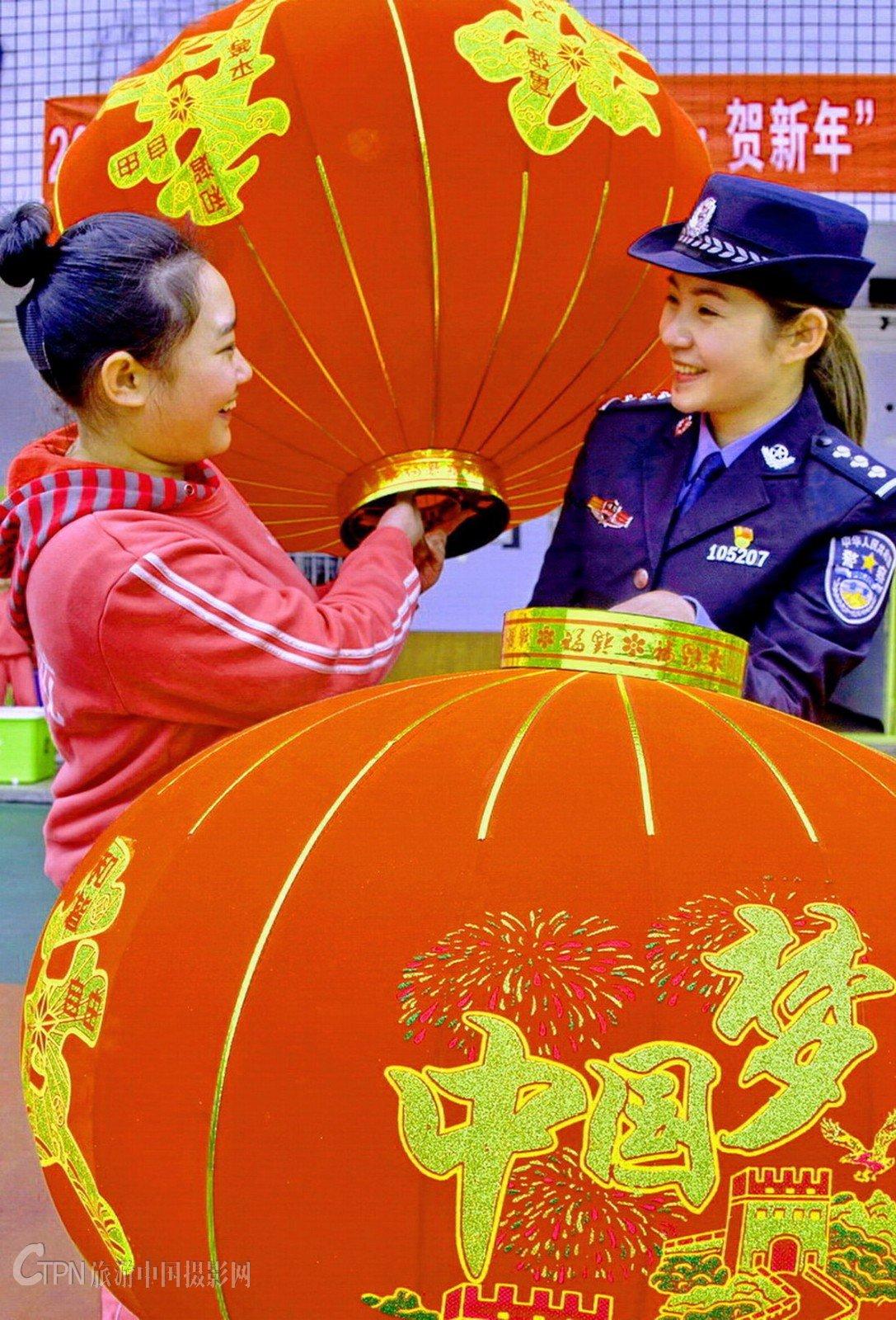 07-《中国梦幸福年》_4218.JPG